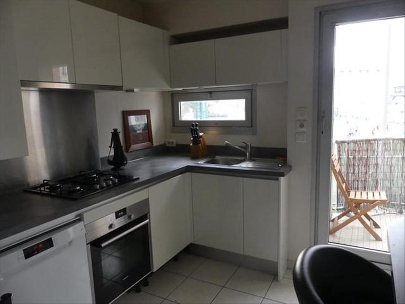 Sale apartment Courbevoie 589000€ - Picture 2