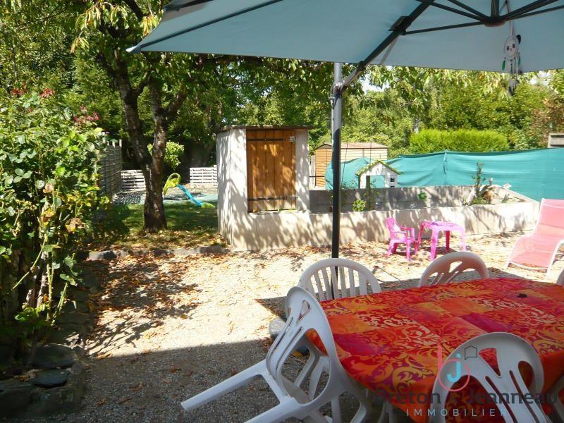 Sale house / villa Bazougers 145600€ - Picture 1