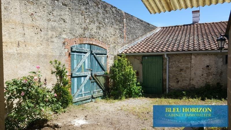 Sale house / villa Chemere 97000€ - Picture 6