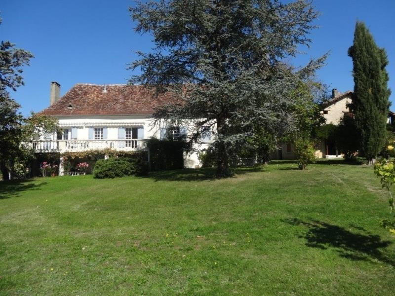 Sale house / villa Les leches 343 000€ - Picture 1