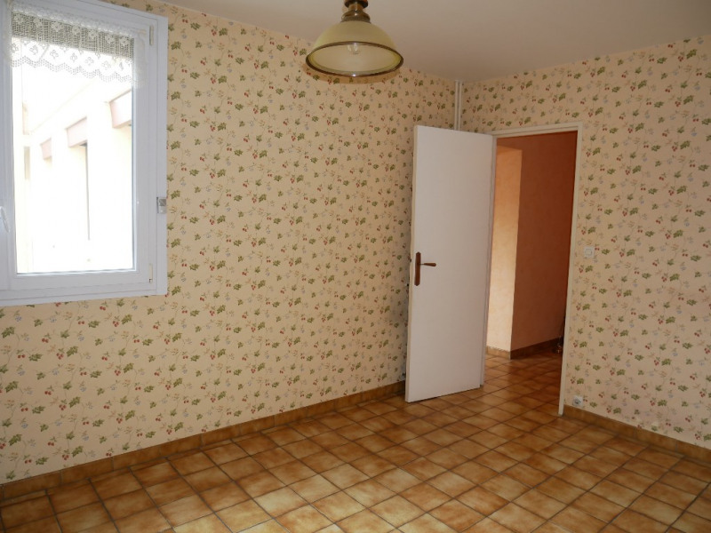 Sale apartment Poissy 290000€ - Picture 3
