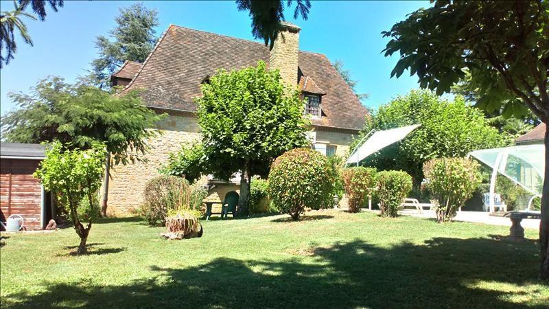 Sale house / villa Siorac-en-perigord 275600€ - Picture 3