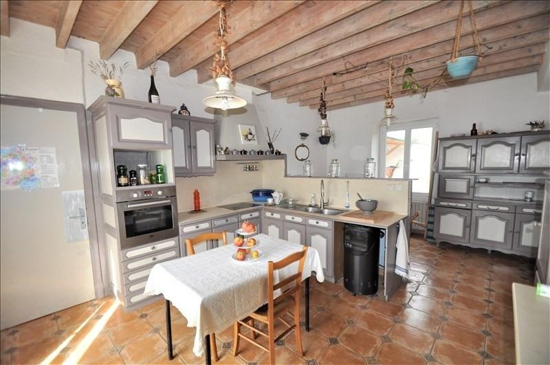 Sale house / villa Chemere 225000€ - Picture 1