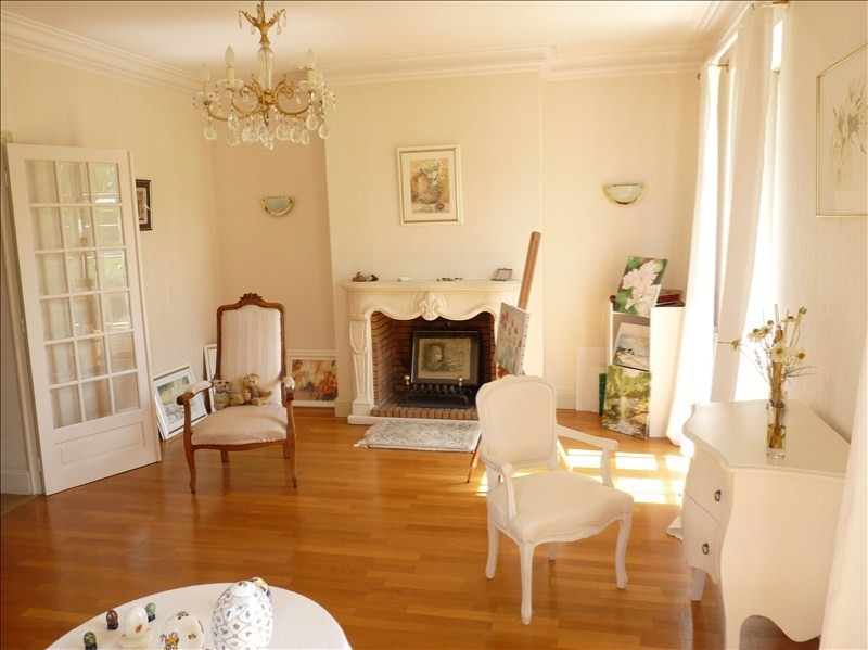 Deluxe sale house / villa Agen 383 250€ - Picture 3