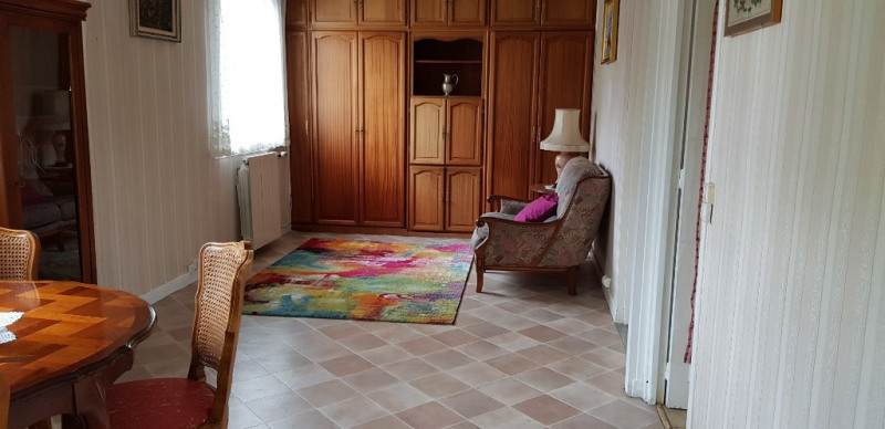 Sale house / villa Livry gargan 230 000€ - Picture 3
