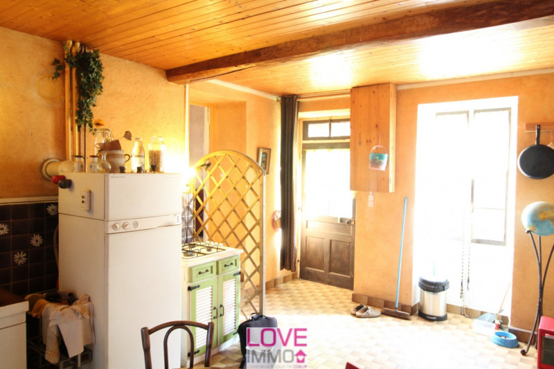 Vente maison / villa St genix sur guiers 129000€ - Photo 6
