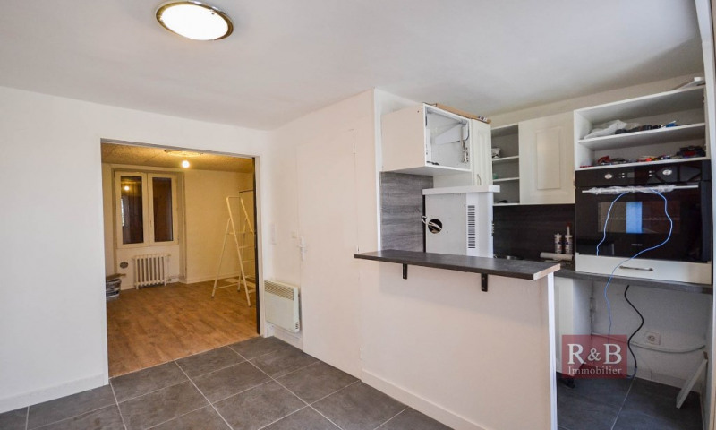 Investment property apartment Les clayes sous bois 120000€ - Picture 1