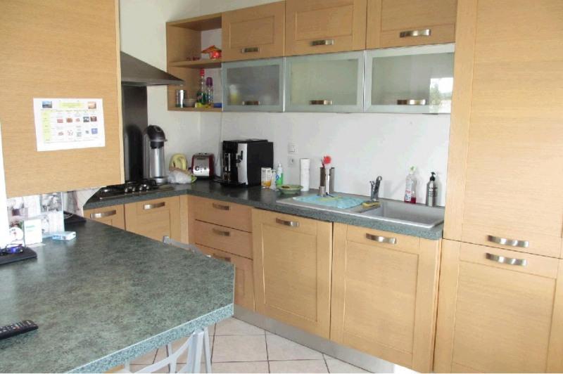 Rental apartment Poisy 1453€ CC - Picture 2