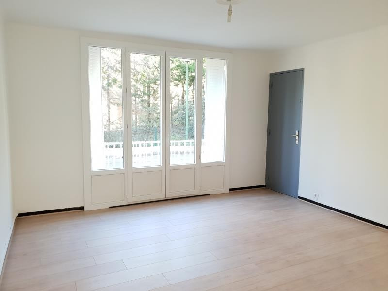Location appartement Aix en provence 775€ CC - Photo 1