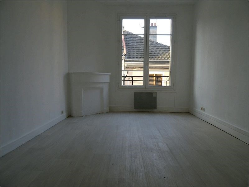 Rental apartment Savigny sur orge 772€ CC - Picture 1