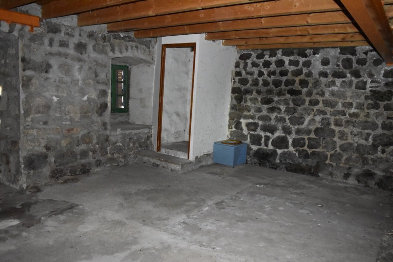 Sale house / villa St jean roure 63500€ - Picture 10