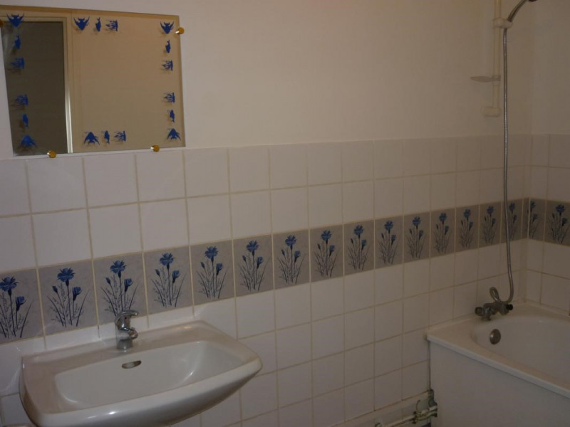 Location appartement Orbec 550€ CC - Photo 5