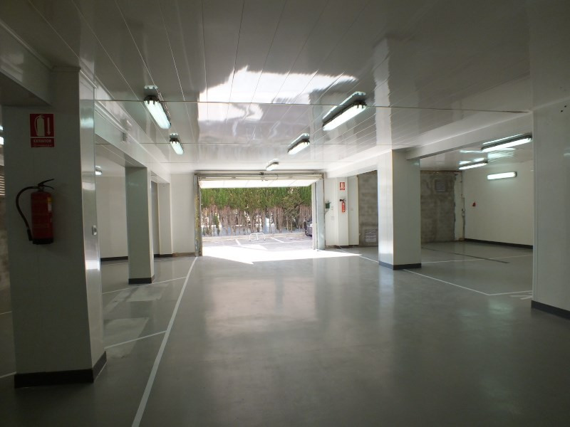 Sale parking spaces Roses-santa margarita 230000€ - Picture 5
