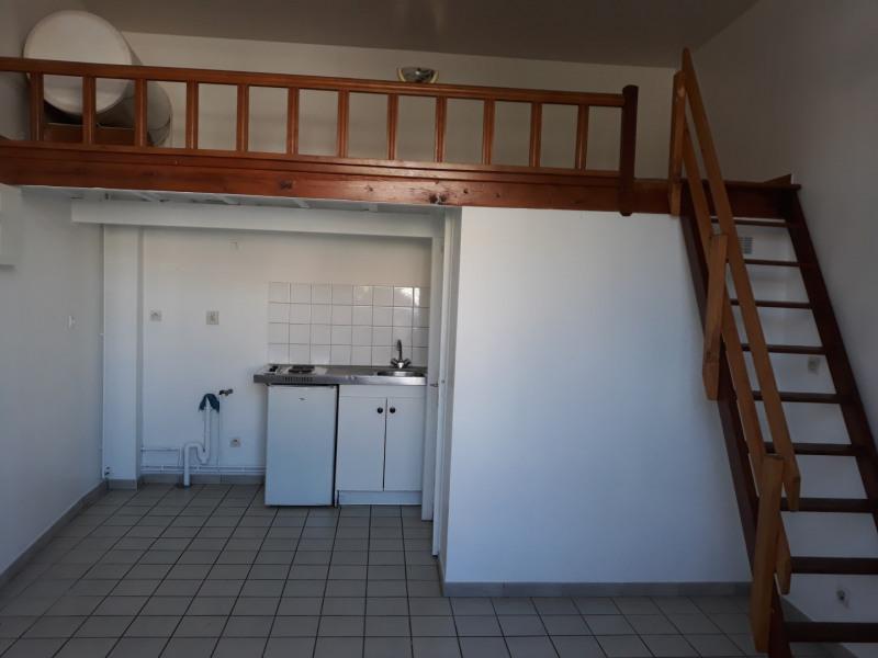 Rental apartment Aire sur la lys 300€ CC - Picture 2