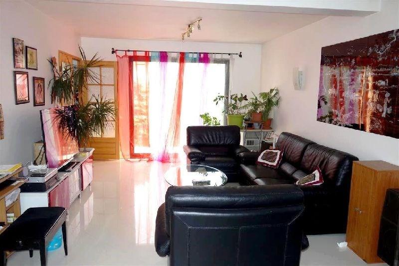 Revenda casa Ste genevieve des bois 577500€ - Fotografia 3