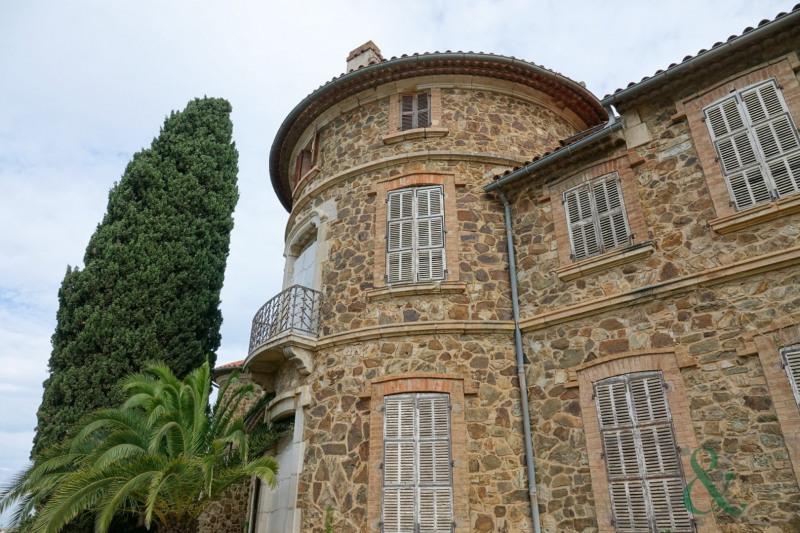 Vente de prestige château La londe les maures 2400000€ - Photo 2