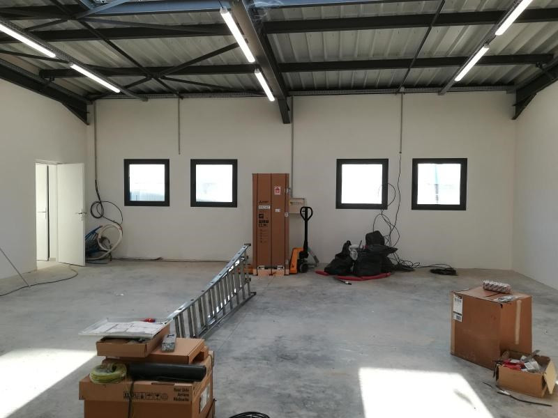 Location local commercial Vif 1200€ CC - Photo 6