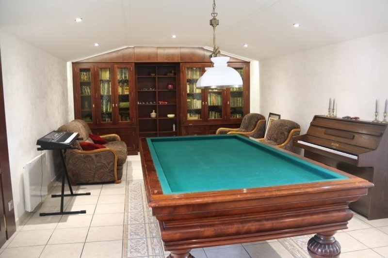 Deluxe sale house / villa Saint-vincent-de-boisset 735 000€ - Picture 4