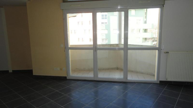 Location appartement Grenoble 1 075€ CC - Photo 2