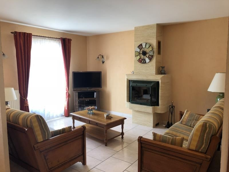 Vente maison / villa Liguge 239000€ - Photo 6