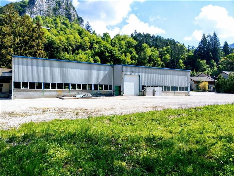 Vente local commercial Nantua 390 000€ - Photo 1