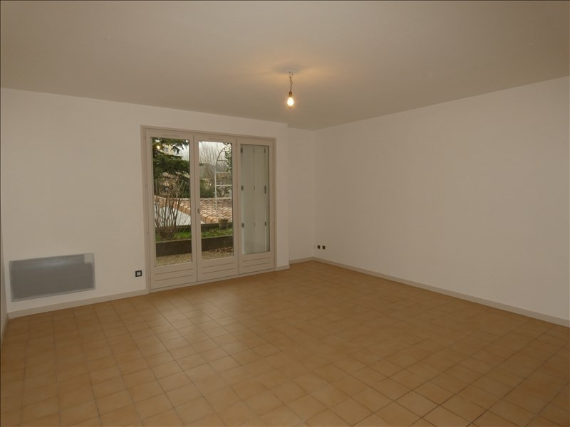 Rental apartment Montelimar 470€ CC - Picture 2