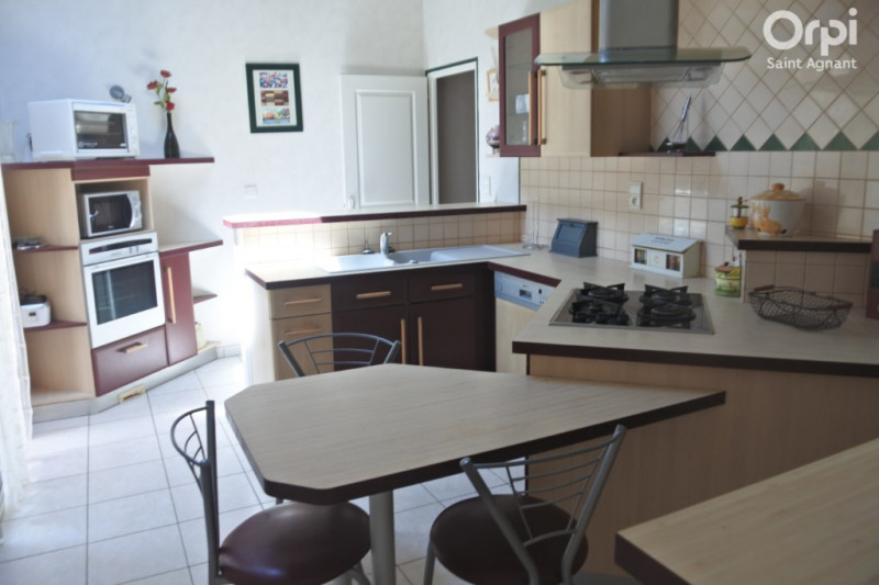 Vente maison / villa Saint agnant 284 500€ - Photo 5