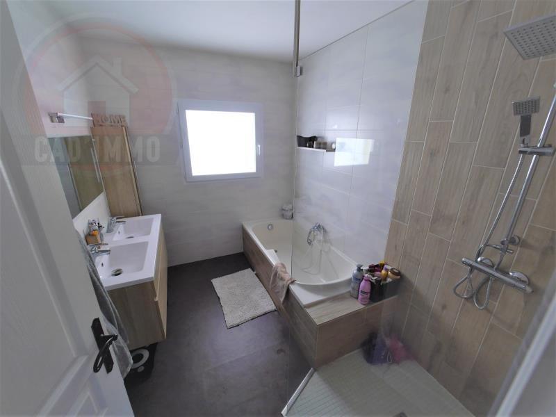 Vente maison / villa St jean d'eyraud 379000€ - Photo 6