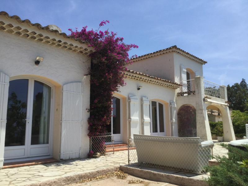Vacation rental house / villa Les issambres 1 450€ - Picture 15