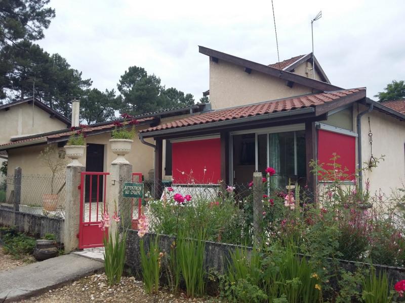 Location maison / villa Castres-gironde 820€ CC - Photo 2