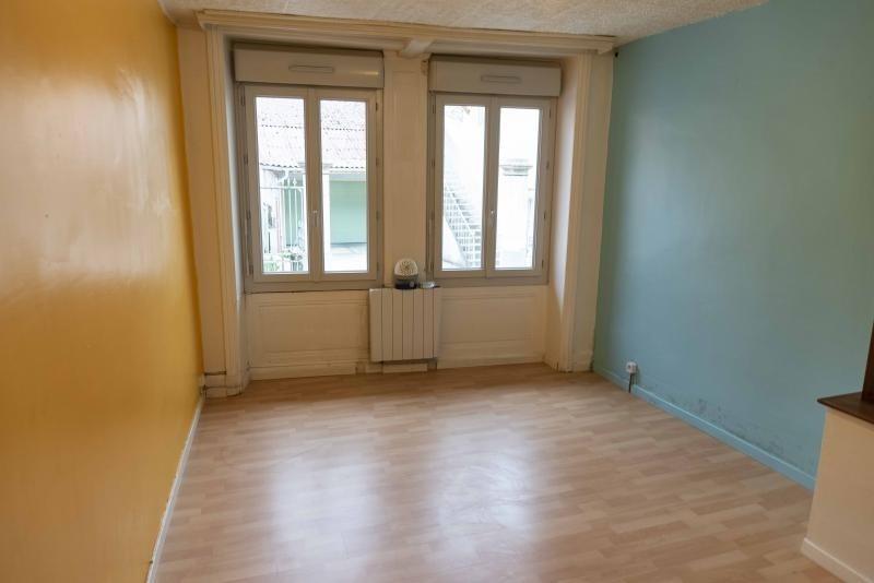 Rental apartment Nantua 298€ CC - Picture 2