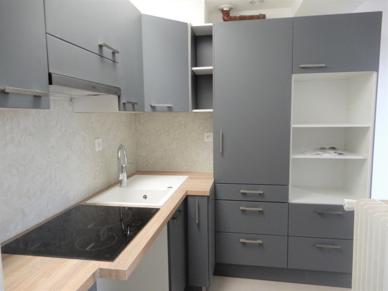 Rental apartment Mennecy 850€ CC - Picture 2