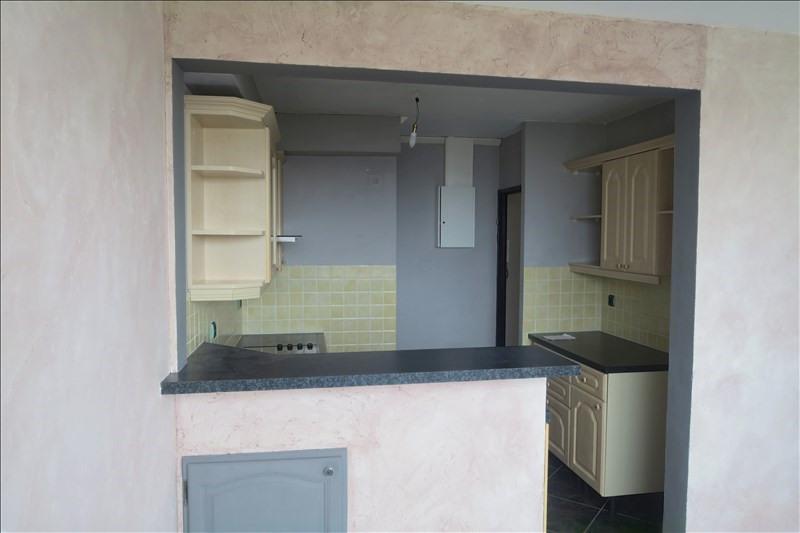Rental apartment Savigny sur orge 856€ CC - Picture 2