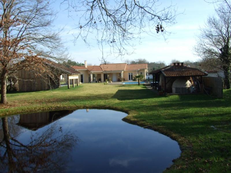 Sale house / villa Biscarrosse 472500€ - Picture 1