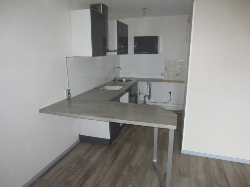 Rental apartment Tamaris sur mer 445€ CC - Picture 3