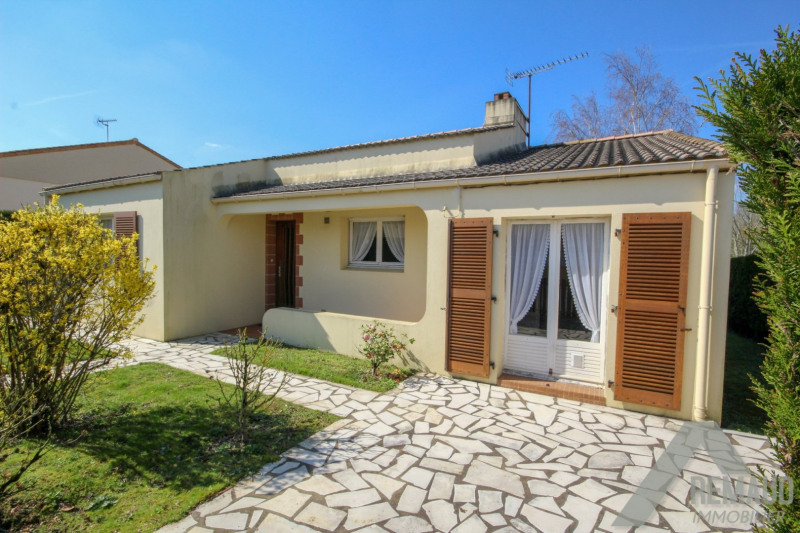 Sale house / villa Venansault 169 140€ - Picture 2