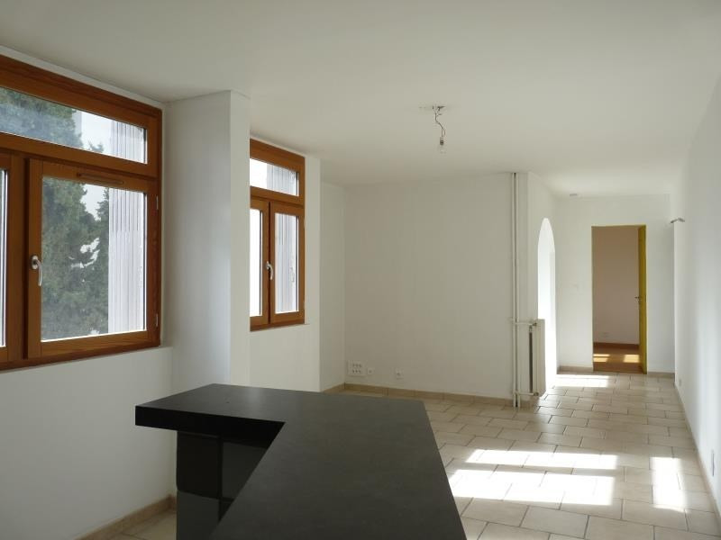Sale apartment Aix en provence 228 000€ - Picture 1