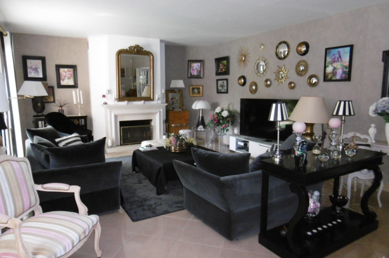 Deluxe sale house / villa Yvre l eveque 655 200€ - Picture 4