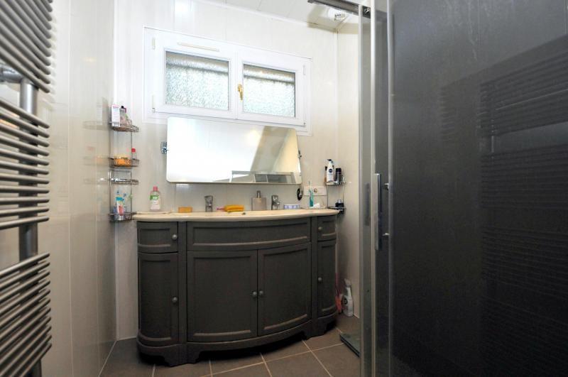 Sale house / villa St cheron 299000€ - Picture 6