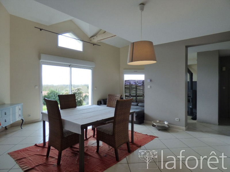 Vente maison / villa Ceyzeriat 299000€ - Photo 7