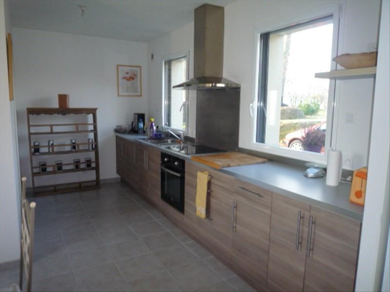 Location maison / villa Geveze 755€ CC - Photo 3