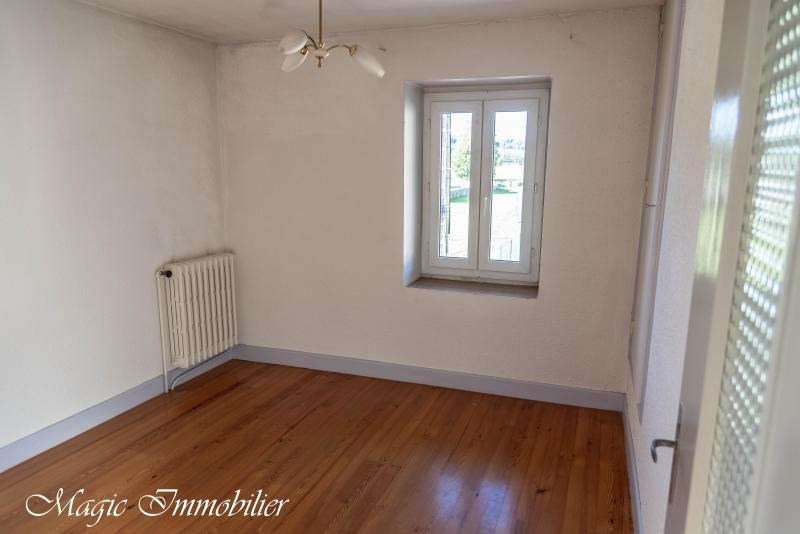 Location maison / villa Ceignes 665€ CC - Photo 9