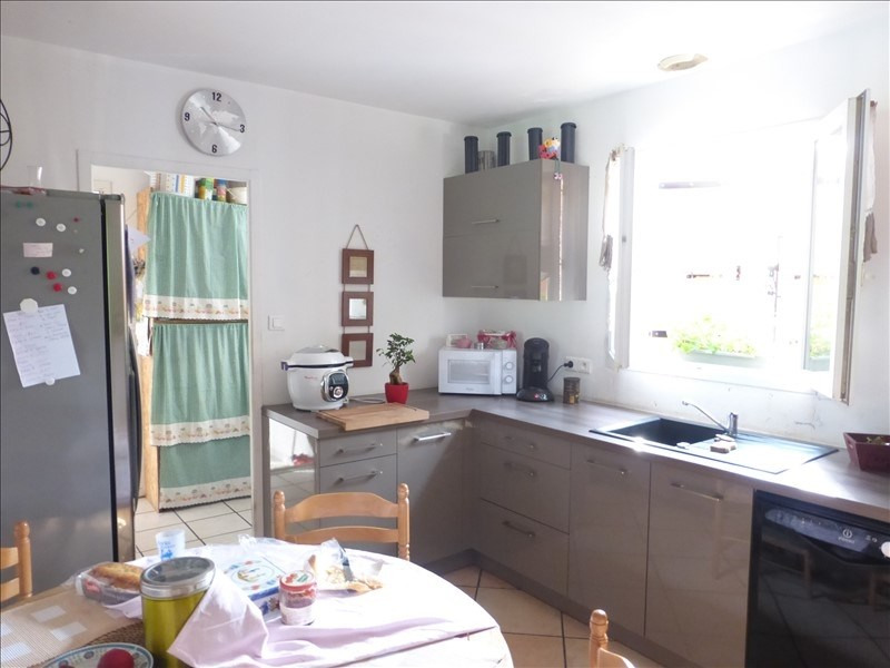 Sale house / villa Ardillieres 243 000€ - Picture 3