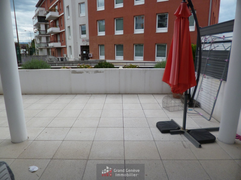 Sale apartment Ville la grand 253 000€ - Picture 2