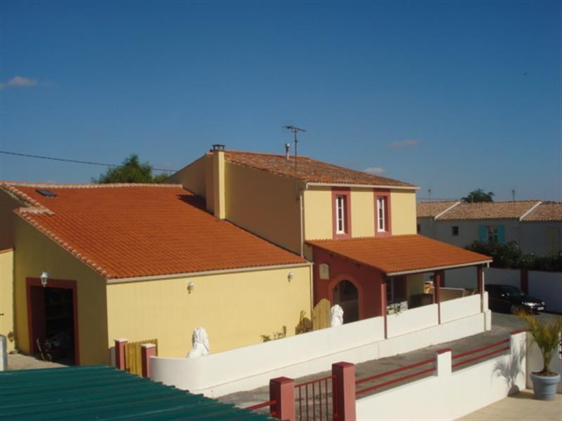 Vente maison / villa Tonnay-charente 263750€ - Photo 1