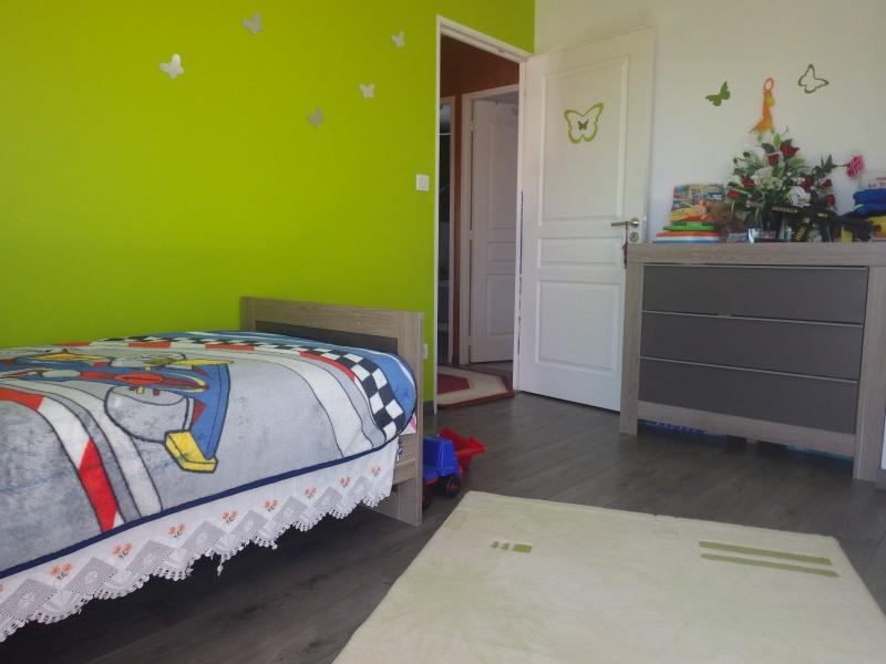 Vente maison / villa Feurs 170000€ - Photo 2