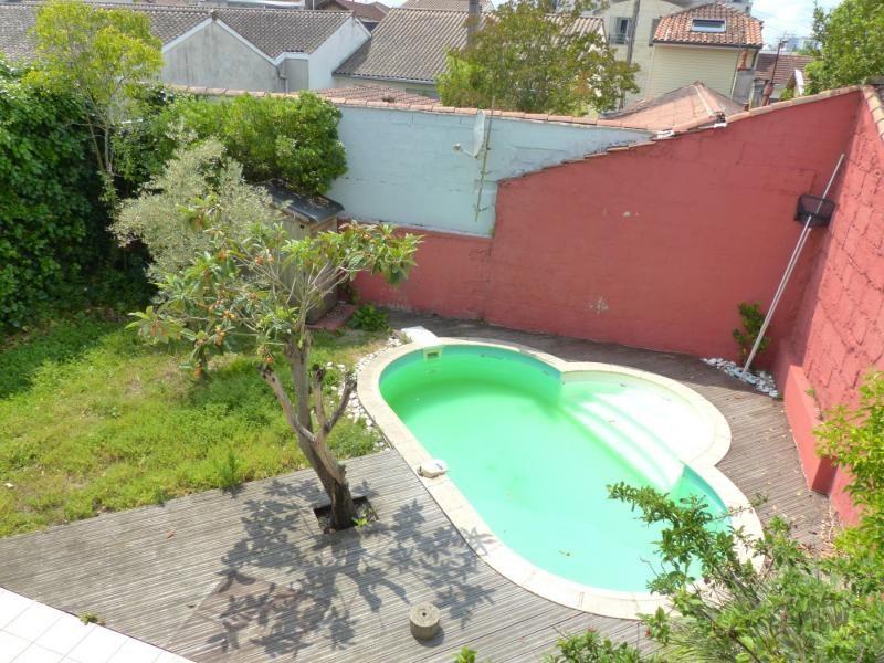Deluxe sale house / villa Merignac 649000€ - Picture 1