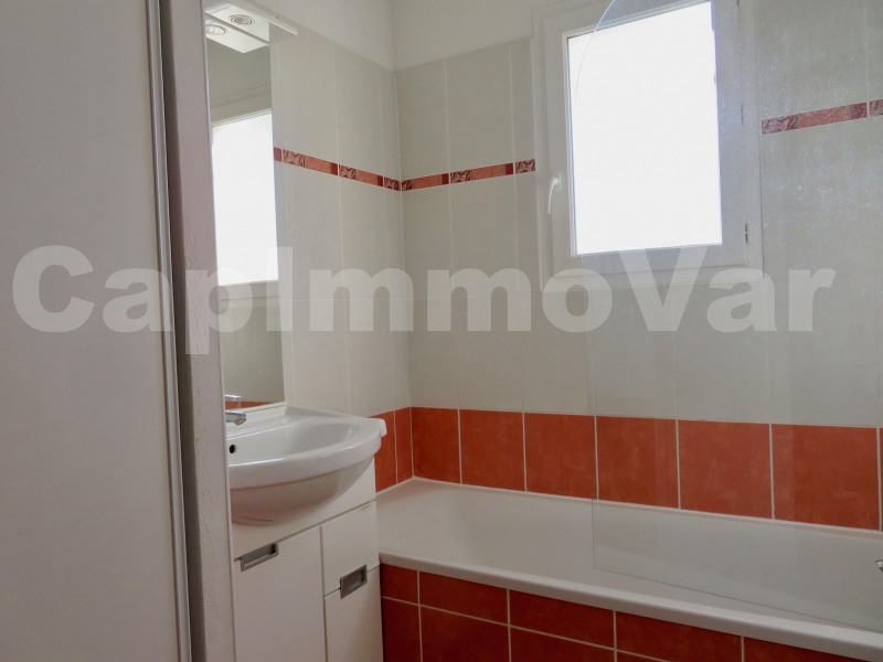 Investment property house / villa Signes 168000€ - Picture 9