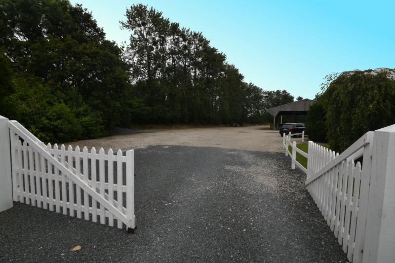 Sale house / villa Valognes 244000€ - Picture 11