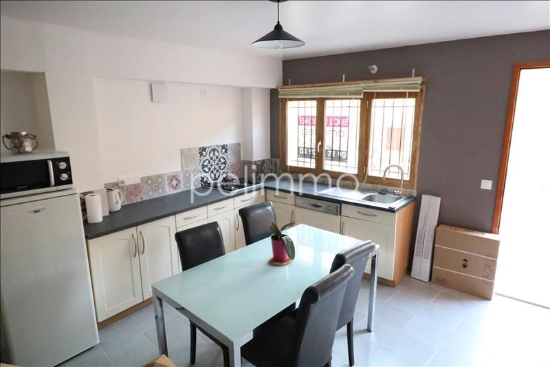 Rental apartment Eyguieres 750€ CC - Picture 2